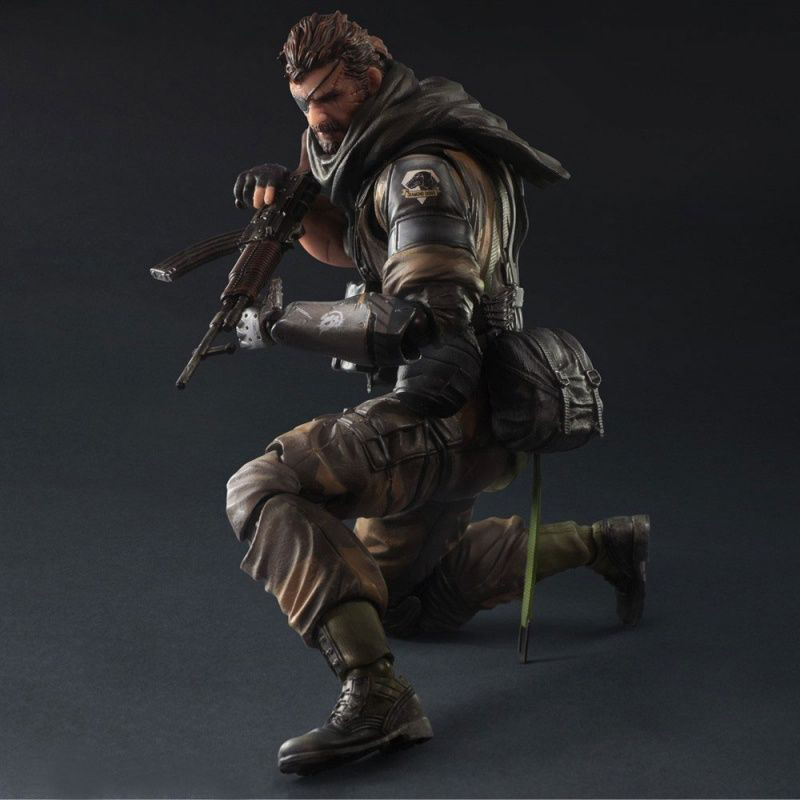 SDCC 2015 Metal Gear Solid V Play Arts Kai - Venom Snake Splitter